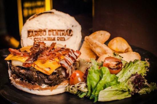 5510 barrio central restaurante con sabor colombiano bucaramanga