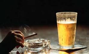 1716 los colombianos gastan mas en alcohol que en comida
