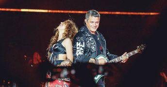 3315 shakira y alejandro sanz vuelven a cantar juntos en un escenario