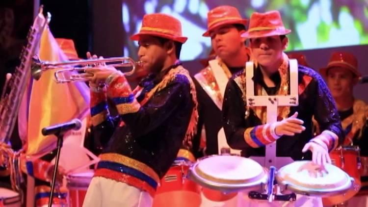 La batalla de las flores del carnaval de barranquilla tambien se vive en bucaramanga