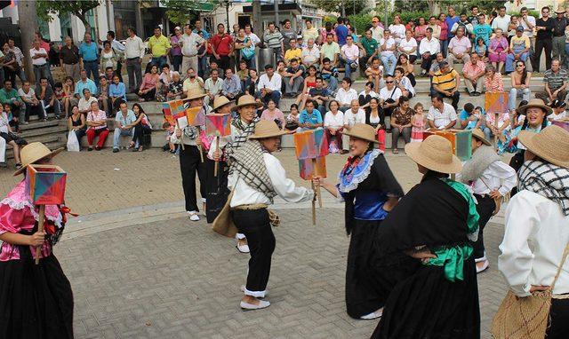 Danza y folclor