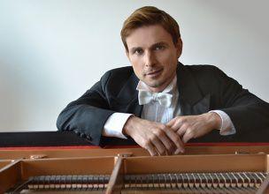 Sergei Sichkov, Piano-Rusia