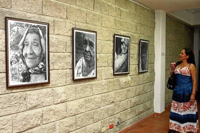 EXPOSICIÓN FOTOGRÁFICA DE AVIACIÓN
