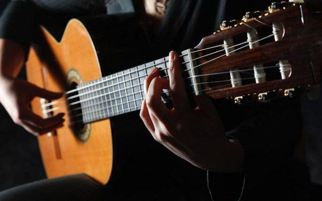 1°festival de Cantautores, 'Sur-Realismos, la palabra cantada'