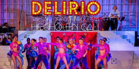 Delirio: Show de salsa, circo y orquesta