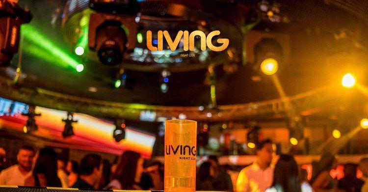 Living Night Club