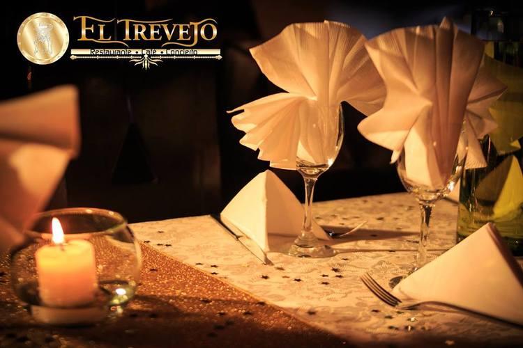 El Trevejo Restaurante Cafe Concierto-karaoke